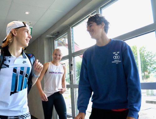 TV: Nya elever på plats på tennisgymnasiet